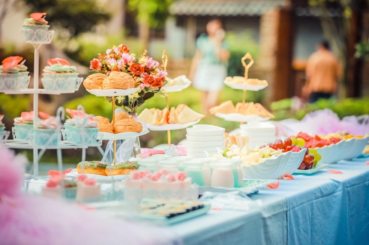 celebration-colorful-colourful-cupcakes-587741